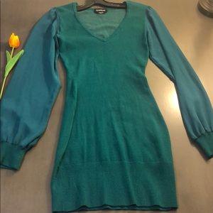 Medium size green Bebe dress.